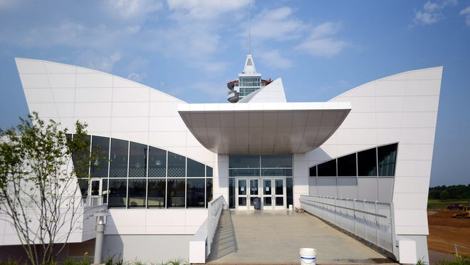 Discovery Park of America, which opened in 2013, is an interactive educational center hosting galleries on the military, energy, and natural and regional history among other things.