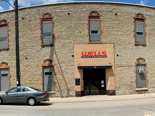 FON 011813 Wells Manufacturing.jpg