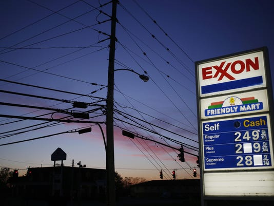 BLM EXXON EARNS A FIN USA KY