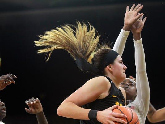 171129 04 Iowa vs Florida State womens basketball ds