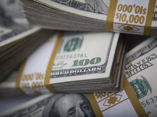 U.S. Dollar Advances Against Other Currencies