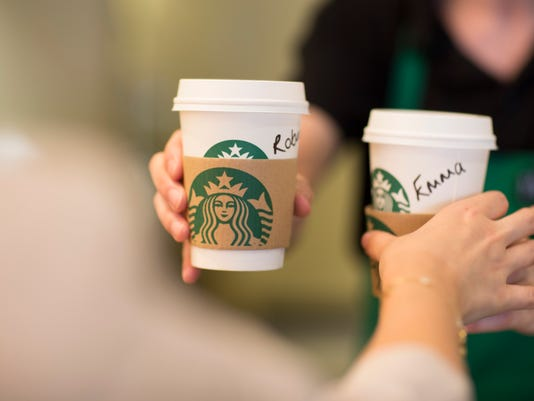 BLM UK STARBUCKS I FIN GBR