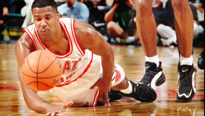 Carlisle High School grad Billy Owens is seen here playing for the Miami Heat in 1995. Owens will return to the area this weekend as an assistant coach with the Rutgers Camden team for Penn State Harrisburg's Tip-Off tournament.