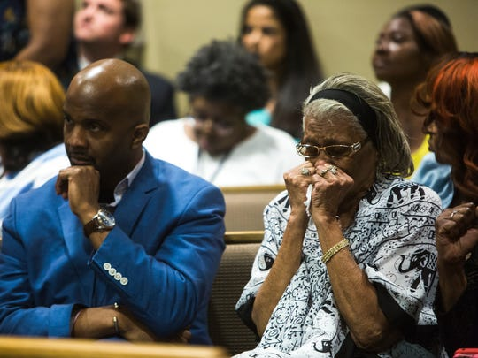 May 30, 2018 - Louise Vassar, grandmother of slain NBA star Lorenzen Wright, weeps as Judge Lee Coffee sets a $20 million bond for Sherra Wright, 47, during a bond hearing in Criminal Court Division 7 at the Shelby County Criminal Justice Center on Wednesday in Memphis, Tenn. Wright has been charged in the 2010 death of her NBA star ex-husband Lorenzen Wright.