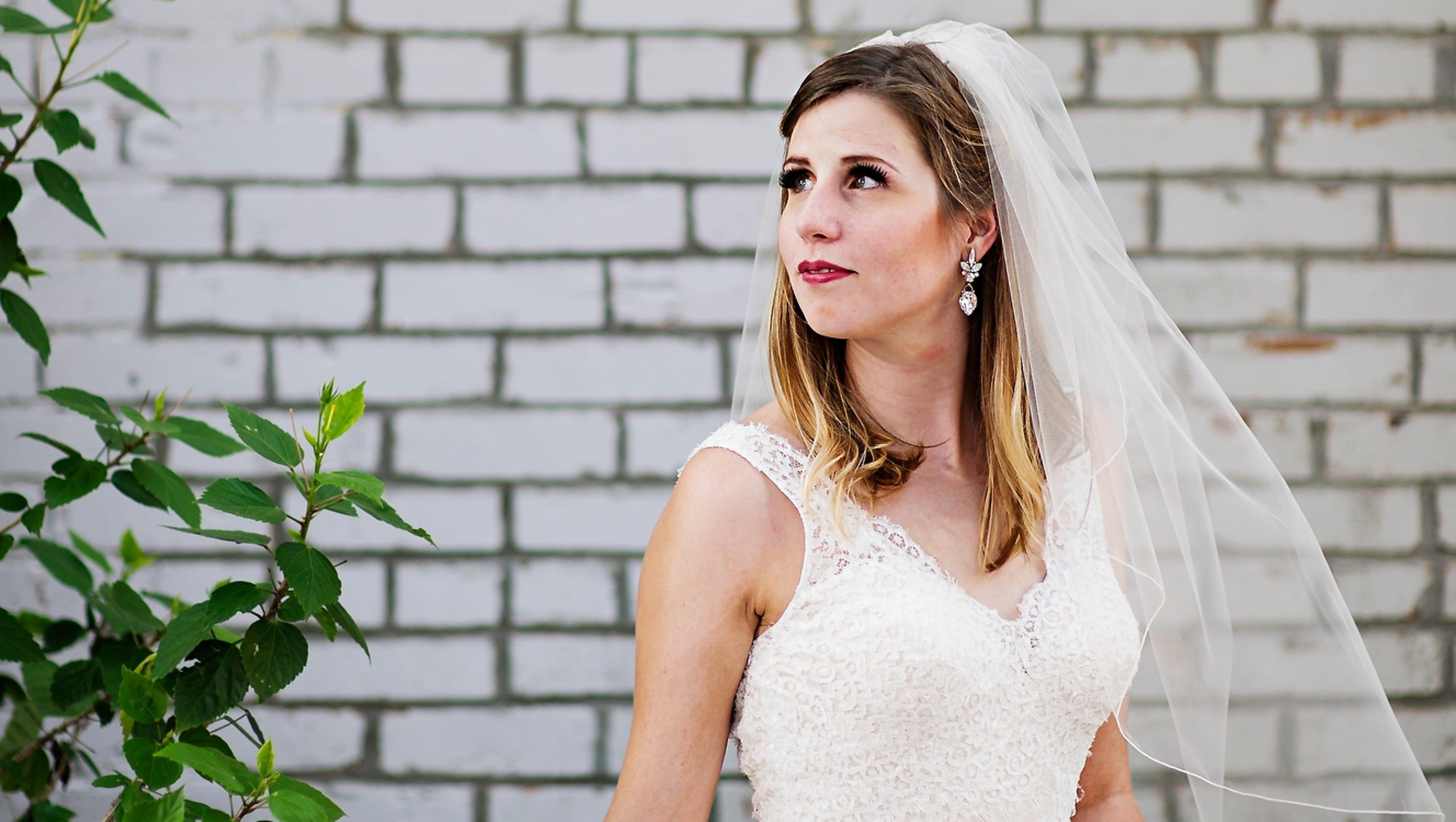 922a6ea0ebd Waukee Community Closet event offers  100 wedding dresses – USA Breaking  News