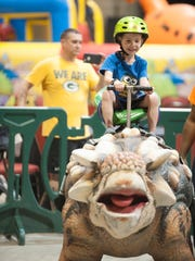 Jurrasic Quest and 100 of its life-size dinosaurs will be on display this weekend in Fort Myers.