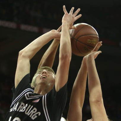 La Crosse Central holds off determined charge by Cedarburg boys in WIAA Division 2 state title game