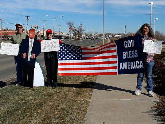 ... rally to support President Donald Trump outside Farmington Museum at