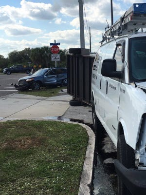 A crash briefly shut down an intersection in Rockledge Monday afternoon.