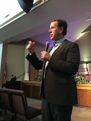 Rick Santorum speaks at New Hope Christian Church in Marshalltown on Jan. 24, 2016.