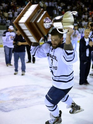 Pensacola Ice Flyers Josh Cousineau has re-signed with the team for the 2016-17 season.