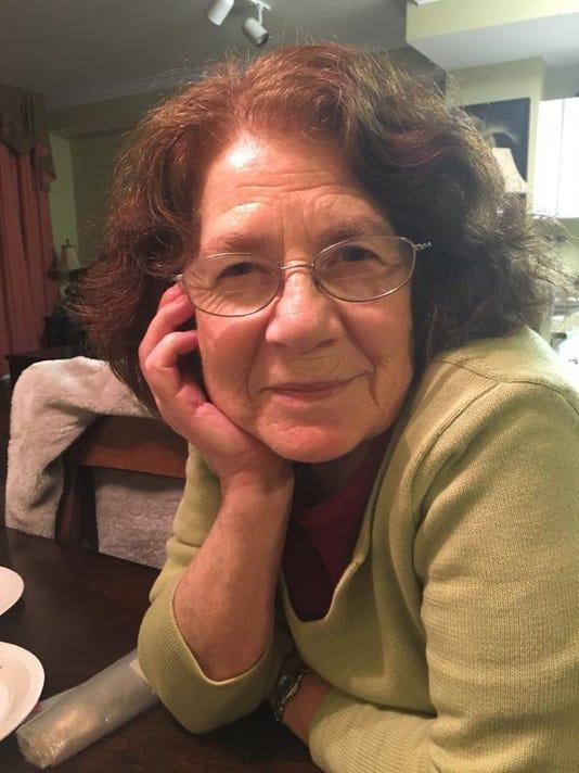 Simona Cox