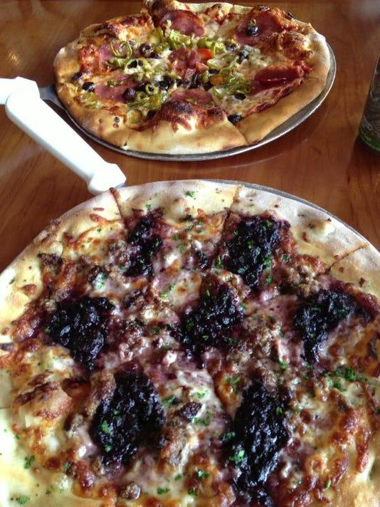 1 MAIN FAL 0504 Biga Pizza