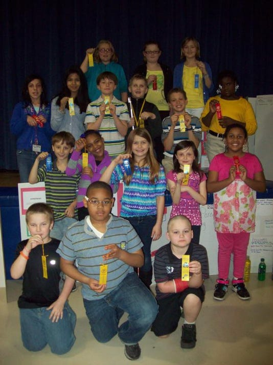 3 5 teach pics science fair 024.jpg