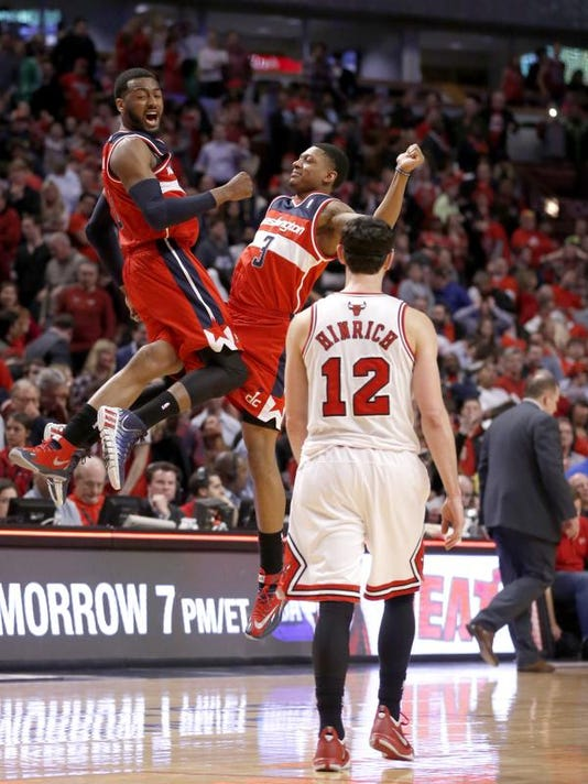 APTOPIX Wizards Bulls_Holl.jpg