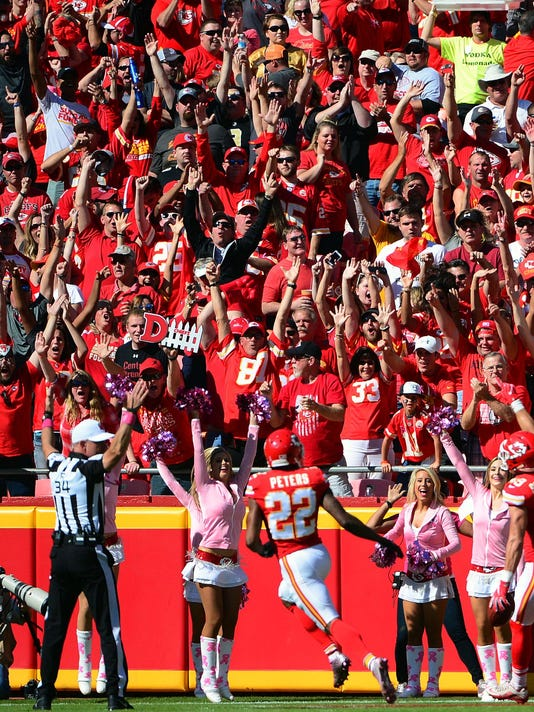 NFL: New Orleans Saints at Kansas City Chiefs