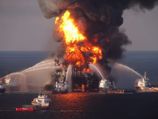 AP GULF OIL SPILL PHOTO GALLERY A FILE USA