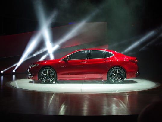 635558105016525604-Acura-2015-TLX