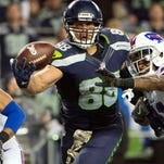 Jimmy Graham catches two TDs as Seahawks hold off Bills 31-25