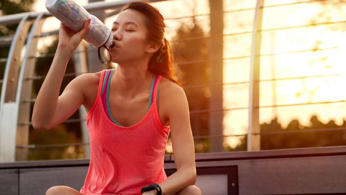 how to stay hydrated 7 tips for an active summer
