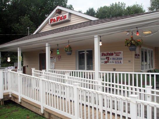 ASB 0826 Table cp Papa's Tomato PIes