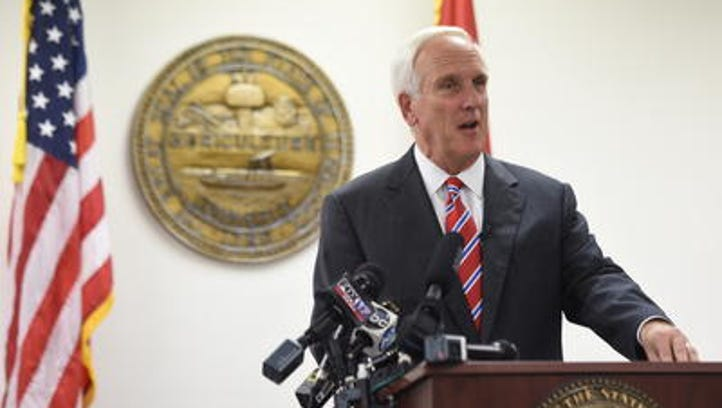 Tennessee attorney general joins fight to save road funds