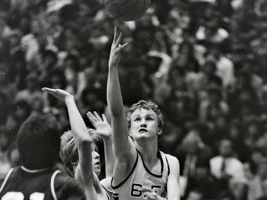 BFA's Matt Johnson goes for a layup against Rice during the 1985 Division I state championship game at Patrick Gymnasium.