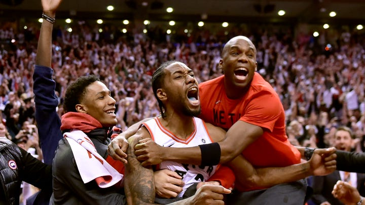 Kawhi Leonard's bouncing buzzer-beater in Raptors' Game 7 win had everyone in absolute awe