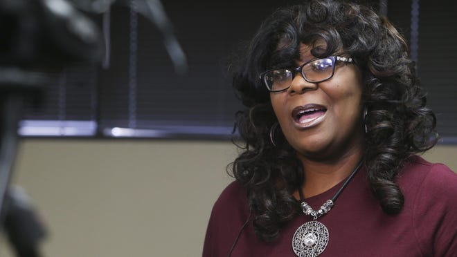 Tuscaloosa City Councilwoman Sonya McKinstry will hold a virtual town hall meeting at 7:30 p.m. Wednesday on her Facebook page.