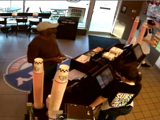 636282171595125437-CGO-Jimmy-Johns-robbery-3.jpg