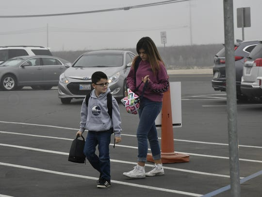 Sundale Union School District students walk to class
