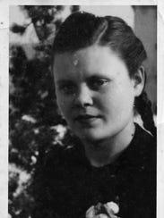 Lydia Zakrewsky - 1946.jpg