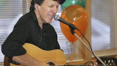 Louisville singer Mickey Clark, of 'Cardinal Cannonball' fame, has died
