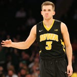 Leistikow: Jordan Bohannon aims to keep remaining Hawkeyes united