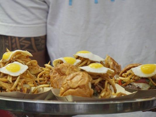 636340716574432754-Frita-Batidos-winning-Burger.JPG
