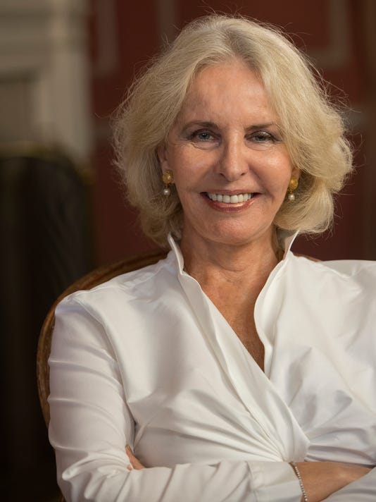 XXX CAPITAL DOWNLOAD WITH SALLY QUINN.  - -04.JPG USA DC