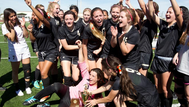 Verrado High was the feel-good story of last season's state championships, but this season the team expects to have a target on its back.