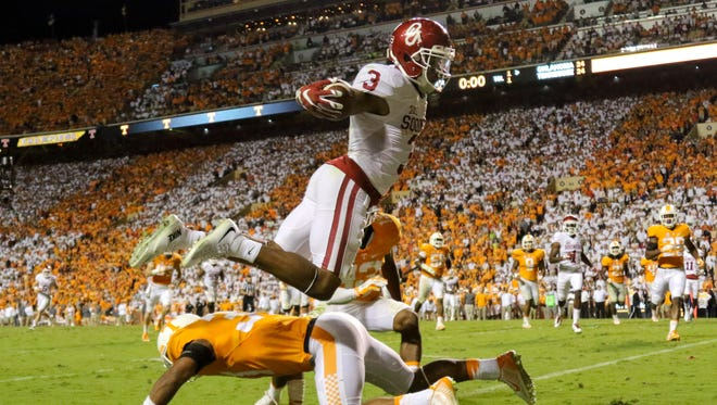 Oklahoma wide receiver Sterling Shepard (3) scores the winning touchdown in double overtime against Tennessee.