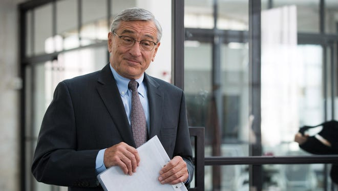 "Robert De Niro returns to the workforce in ""The Intern."""