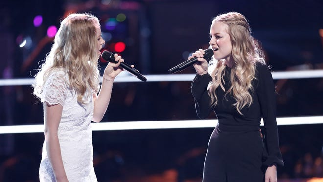 """Green Bay twins Andi and Alex Peot were eliminated from """"The Voice"""" during Monday's knockout rounds."""