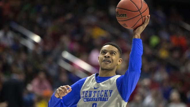 Kentucky Wildcats' Tyler Ulis goes up for a layup during practice at Wells Fargo Arena in Des Moines, Wednesday, March 16, 2016.