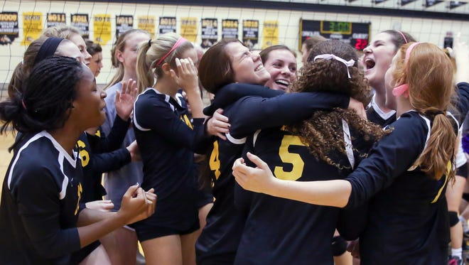 Avon won its 15th straight sectional title, knocking off Brownsburg in Saturday's final.