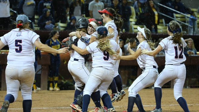 Benson celebrates their win over Bourgade Catholic in their Conference 2A softball championship Monday, May 8, 2017 in Tempe, Ariz.