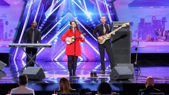 Mandy Harvey sang another original on 'America's Got