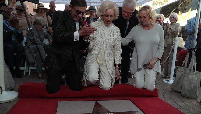 Nelda Linsk accepts her star on the Palm Springs Walk of Stars, February 22, 2018.