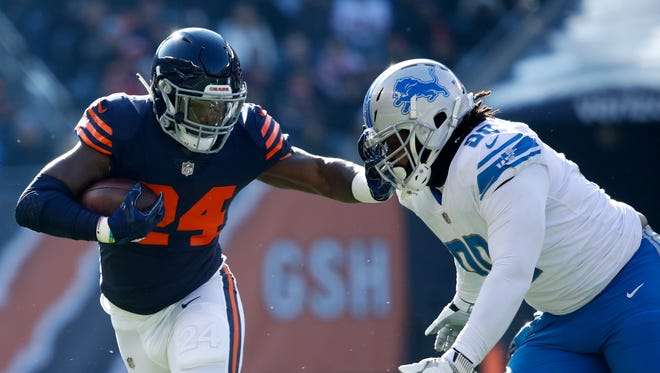 Jordan Howard and the Bears visit the Lions on Thanksgiving.