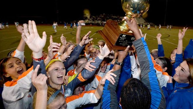 Madison Central's boys and girls programs are both ranked No. 1 entering the 2015-16 season.