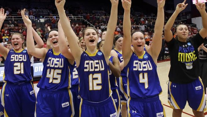 The Jackrabbits saluted the SDSU crowd on Saturday after defeating Miami at Maples Pavilion.