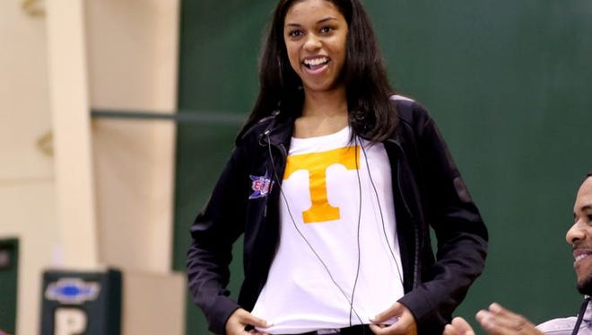 Evina Westbrook of Salem, Ore., reveals her decision to play for the Lady Vols on Thursday, Nov. 10, 2016.