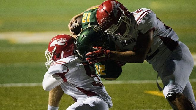 Reynolds defeated Erwin, 49-48, back when the two met in September.